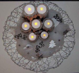 Säule mit Teelichtern selber machen Anleitung